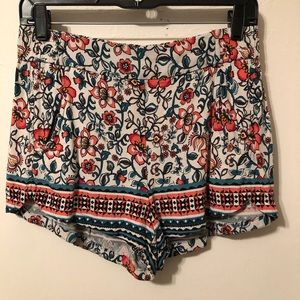 Express floral pattern shorts